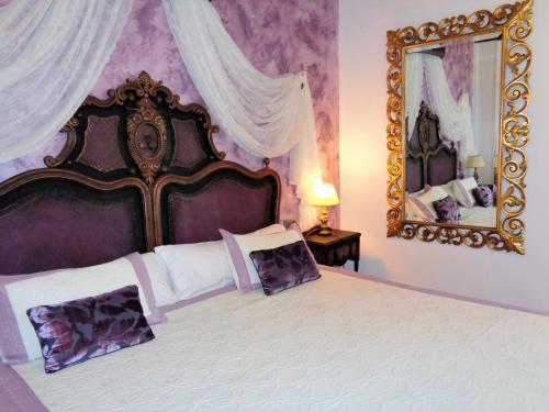 Habitación Doble Deluxe con cama supletoria Nueve Leyendas 6