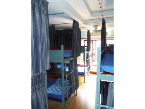 Bunk Bed in Mixed AC Dormitory Room