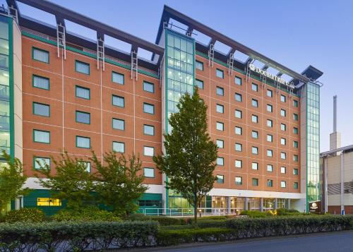 DoubleTree by Hilton Woking