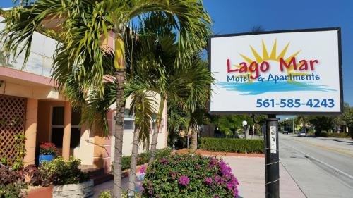 Lago Mar Motel and Apartments