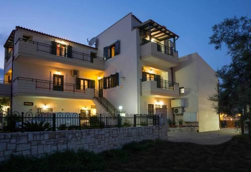 Thalami Apartment