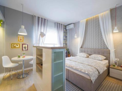Отель Basco Knez Mihailova Apartments 4 звезды Сербия