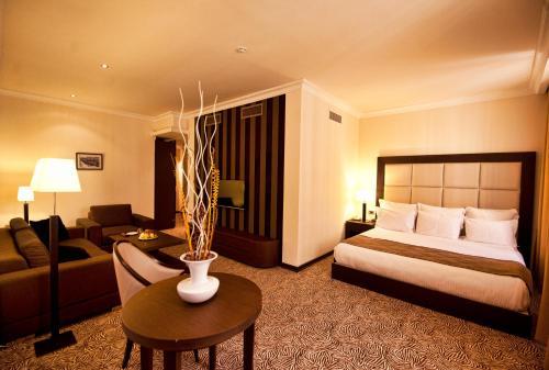 Отель Hotel National