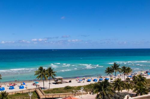 Hollywood Beach Resort Cruise Port FL, 33019