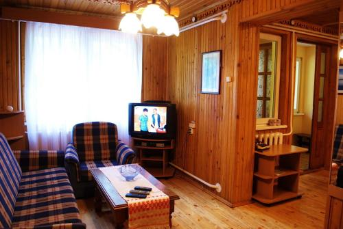 Kolme magamistoaga maja (Three-Bedroom House)