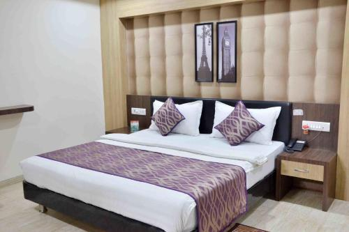 Picture of OYO Rooms Navlakha Bus Stand