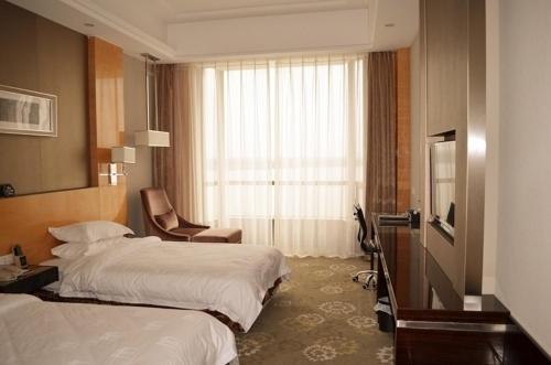 Zhongxiang Mochouhu International Hotel