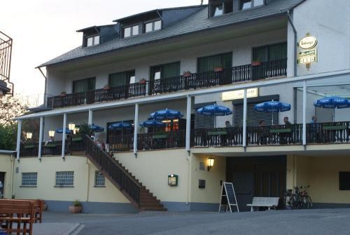 schwarz cafe hotel itzehoe
