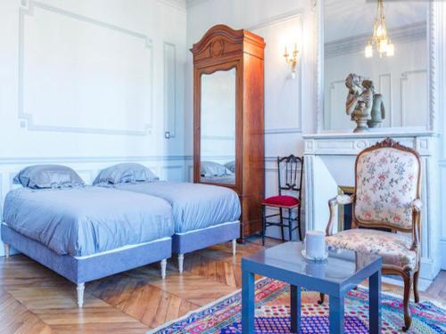 Grand Haussmann Opera 3 bedrooms apartment
