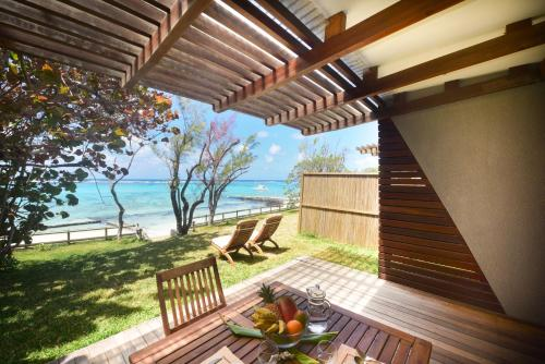 Eolia Beachfront Villas by StayMauritius, Pointe d'Esny