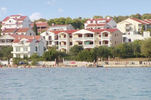 Apartment Adria II