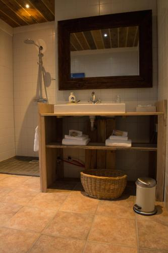 Suite numurs ar spa vannu (Suite with Spa Bath)