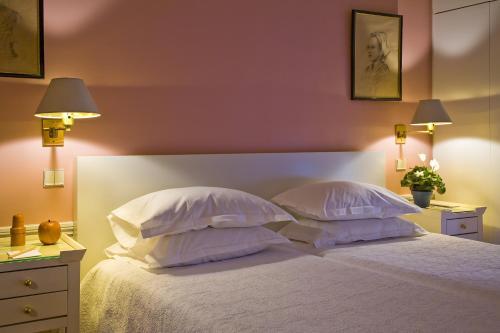 Hotel le saint gregoire h tel 43 rue de l 39 abb for Hotels 75006