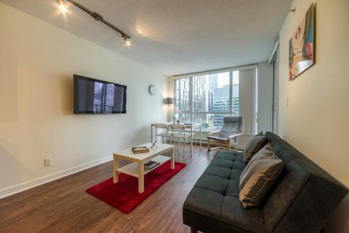 One Bedroom Apartment in Heart of Downtown