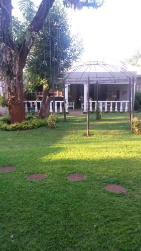 Picture of Bateleur Cottage
