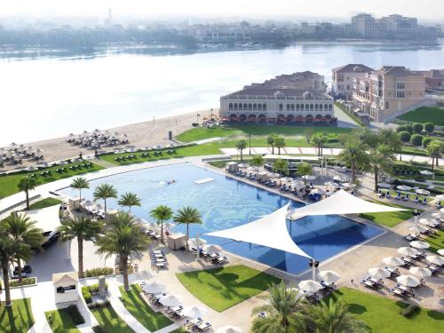 The Ritz-Carlton Abu Dhabi, Grand Canal impression