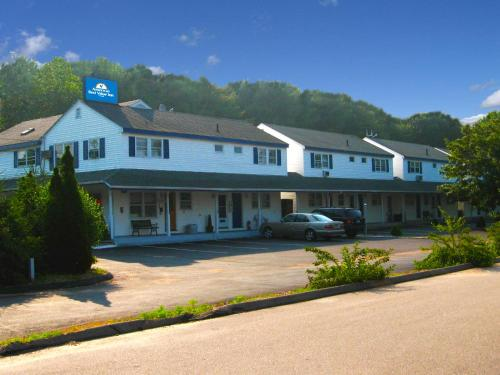 Americas Best Value Inn-Stonington/Mystic - 0.0 star rating for travel with kids