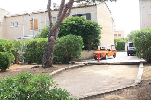 Hotel Six Fours Les Plages Bord De Mer