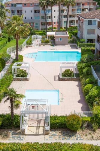 Отель Domaine de l'Oasis 0 звёзд Франция