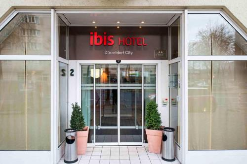 ibis Duesseldorf City photo 14