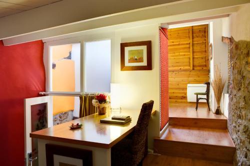 Habitación Doble Estándar - 1 o 2 camas Hotel La Freixera 5