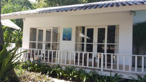 Отель The C Samet Beach Resort 3 звезды Таиланд