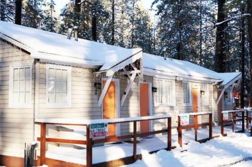 More about Big Bear 4 Seasons Lodge