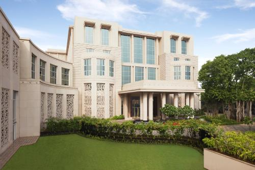 Отель Taj Santacruz 5 звёзд Индия