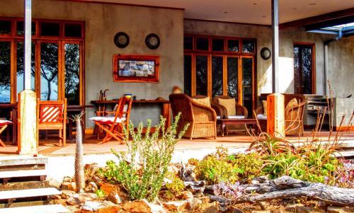 Picture of Chumbi Bush House