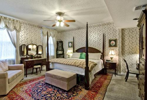 Rose Manor, New Orleans - Promo Code Details