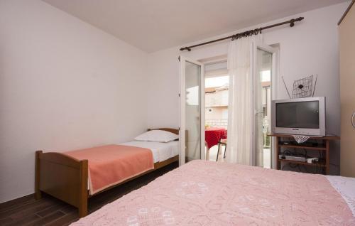 Apartments Domazet 1600