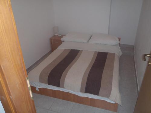Apartments 77