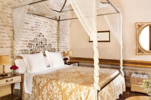 Habitación Doble Premium Hotel Casa 1800 Sevilla 4