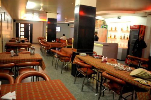 HotelSTARiHOTELS Station Chowk Raipur