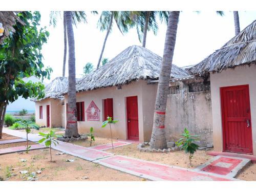 Vista Rooms At Gouthami Guest House