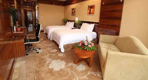 Отель Baishun International Hotel 4 звезды Китай