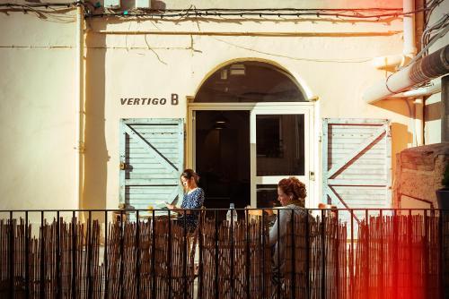 Hostel vertigo vieux port auberge de jeunesse 38 rue - Auberge jeunesse marseille vieux port ...