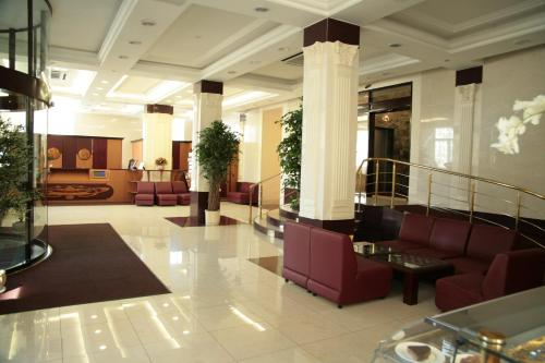 Stay at Warsaw Hotel