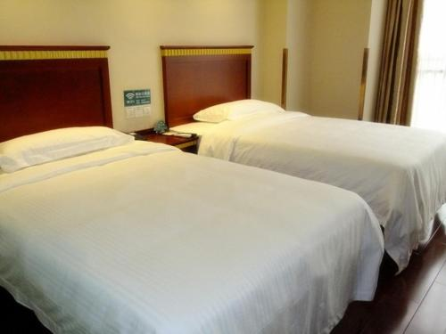 GreenTree Inn Anhui Fuyang Taihe South Xiyang Road Business Hotel