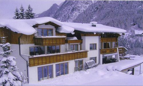 Haus Saroja - Apartment mit 2 Schlafzimmern - D