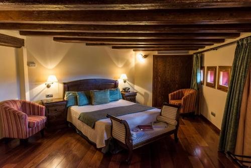 Habitación Doble con bañera Hotel Villa Retiro 2