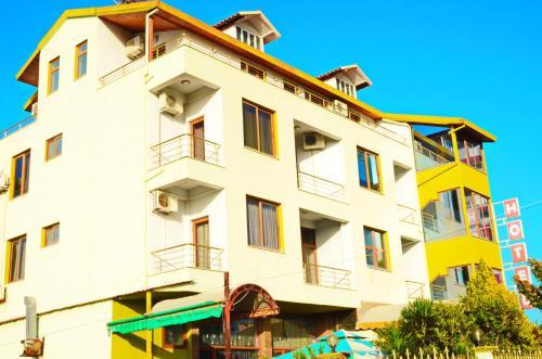 Hotel Gjeli