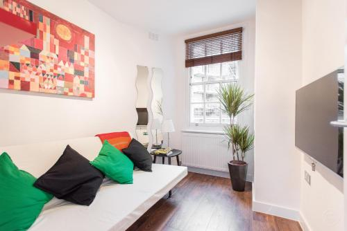 Gibson Garden Apartment London