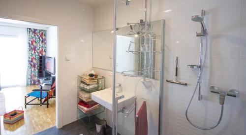 White Premium Apartment in Graz