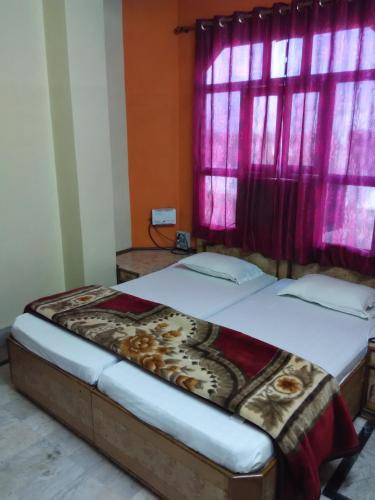 Raghav Hotel