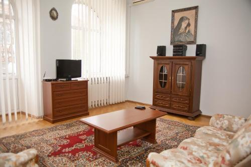 Отель The House Mykhailivska 0 звёзд Украина