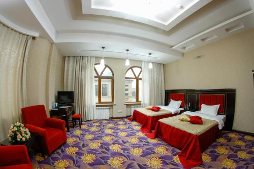 Stay at Safran Hotel