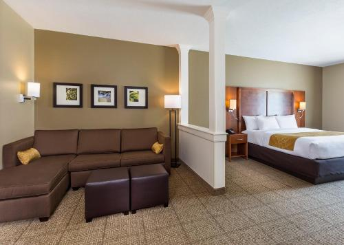 Best PayPal Hotel in ➦ Uniontown (OH):