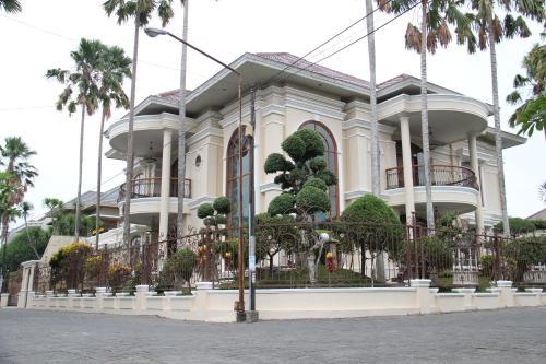 Отель Ndalem Nugraheni 3 звезды Индонезия