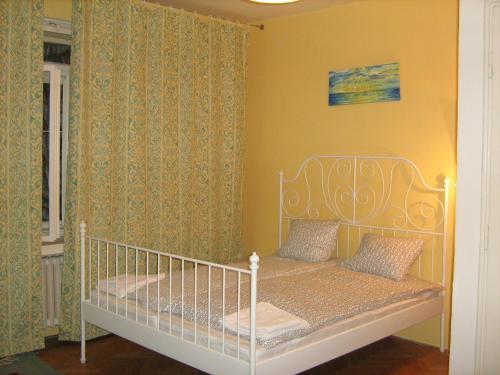 Apartment Petrska 10